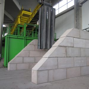 Legioblock´s concrete storage bays can be quickly constructed and are fire-resistant for at least 4 hours